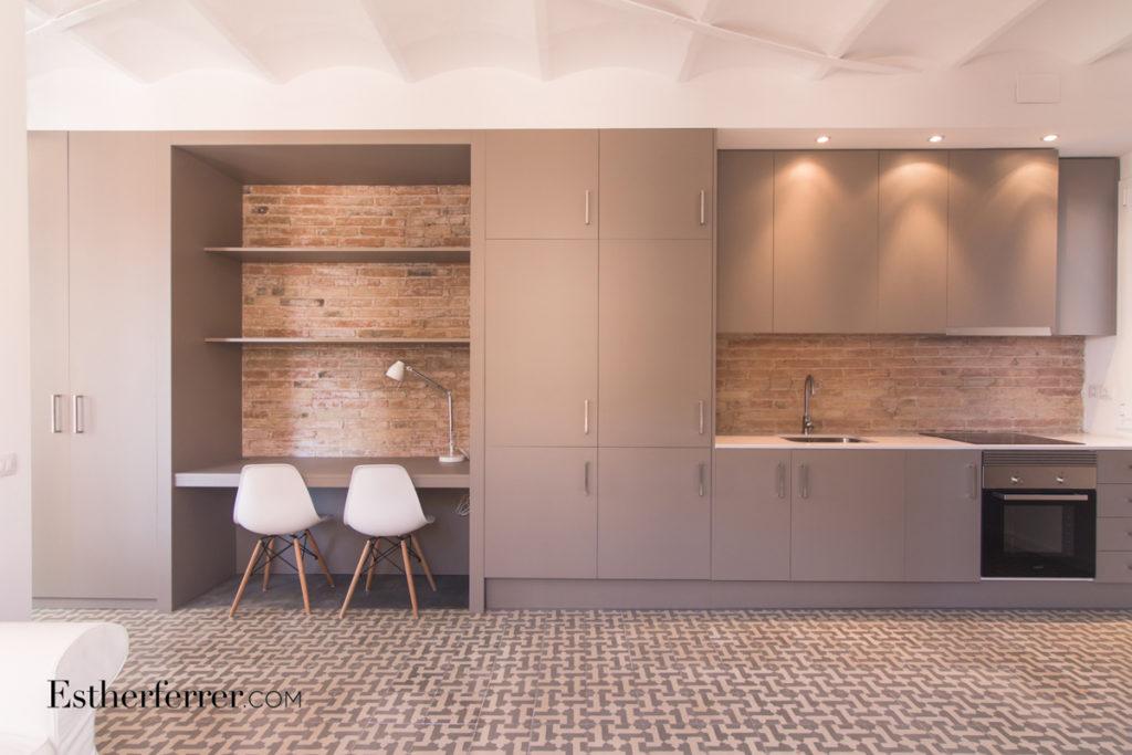 3 ideas para reformar tu casa tras el confinamiento: escritorio de cortesía y cocina